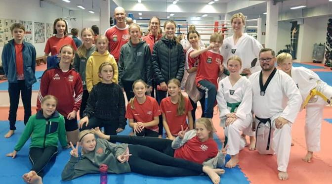 Taekwondo-träning för friidrottande ungdomar